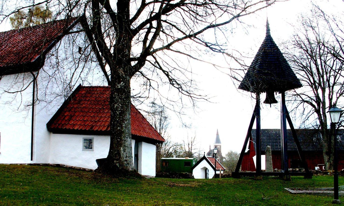 Eriksbergs gamla kyrka Foto: Hans Menzing