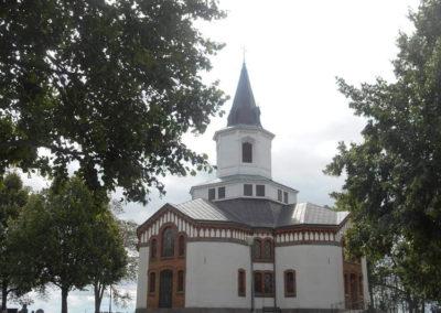 Håle-Tängs-kyrka