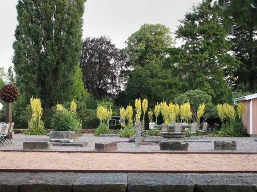 Hellekis-Säteri-Trädgård-1