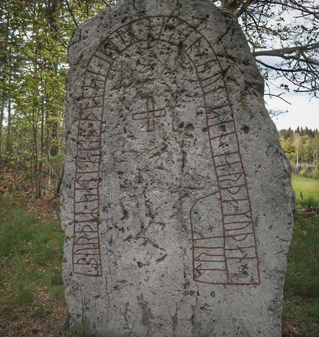 Runstenen i Håkantorp – Västergötlands runinskrifter 90